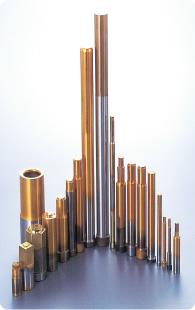 「自社一貫生産体制」と「高度な設計力」により高品質な圧造用工具を迅速に生産